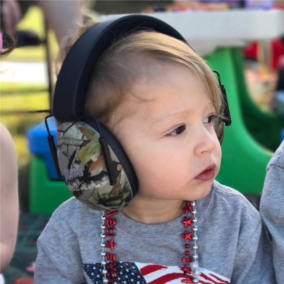 earstore-macks-earmuffs-camouflage-kids-children-toddler-ear-muffs-plugs.jpg