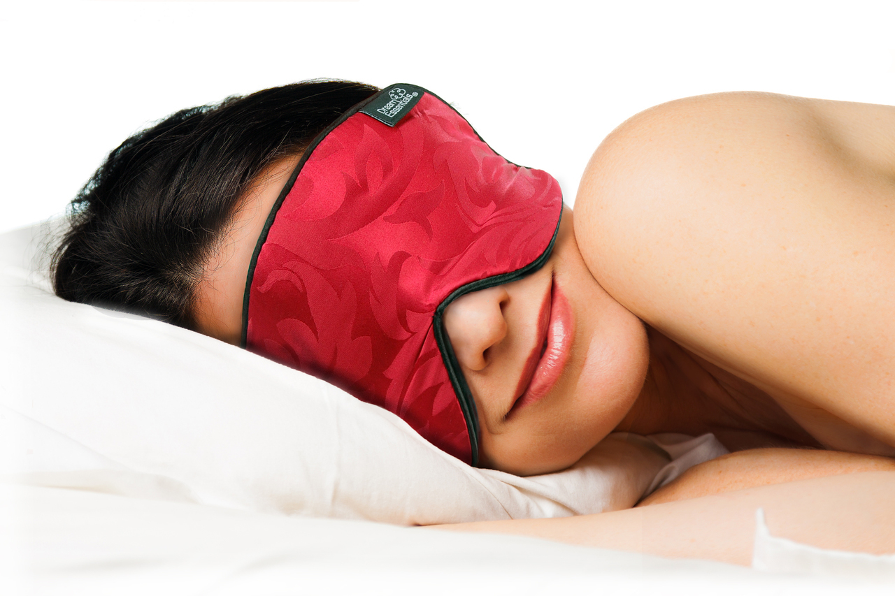 Pure Mulberry Silk Sleep Mask for Side Sleepers - Claret Jacquard